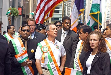 New York Mayor Bloomberg joins Indian residents to celebrate India's Independence Day at a parade in New York