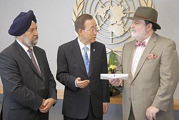 Hardeep Puri, UN Secretary General Ban Ki-moon, Pakistan envoy Abdullah Hussain Haroon