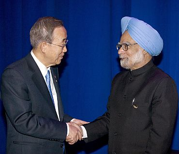 UN Secretary General Ban Ki-moon with Prime Minister Manmohan Singh