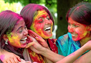 College students celebrate Holi in Patna