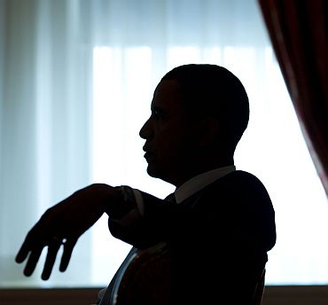 President Obama meets advisors at the Waldorf Astoria Hotel, New York
