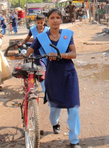 Girls on their way to a government school in Patna.