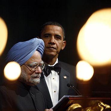 Dr Singh at the White House dinner, November 2009