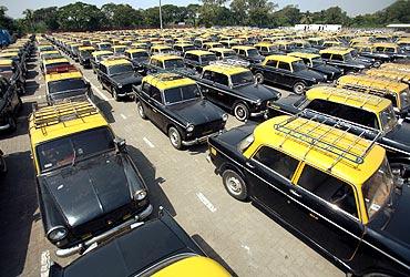 Taxi cabs in Mumbai