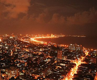 A panoramic view of Queen's Necklace, as Marine Drive is known at night-time thanks to the lights.