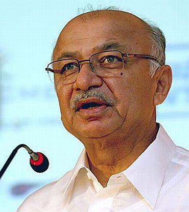 Union Minister Sushilkumar Shinde