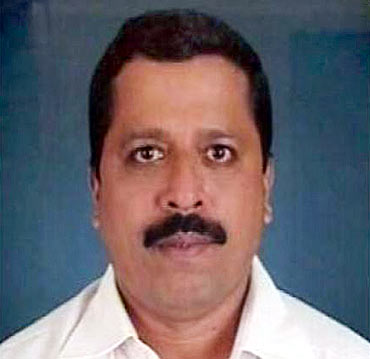 Satish Shetty, a RTI activist from Pune, was shot dead