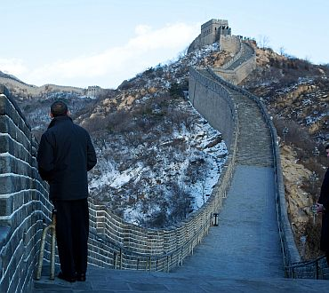 President Barack Obama tours the Great Wall in Badaling, China, November 18, 2009