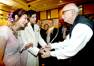 Former deputy prime minister and senior BJP leader L K Advani congratulates the newly wedded couple