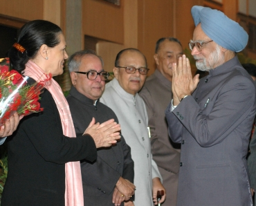 Prime Minister Manmohan Singh with party chief Sonia Gandhi