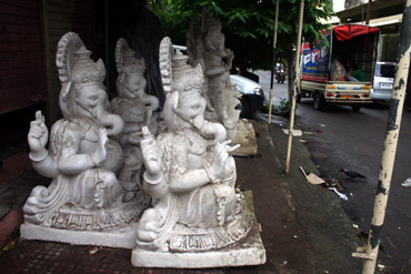 Ganesh idols made of Plaster of Paris in Pen