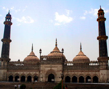 The Bada Imambara built by Nawab Asaf-ud-Daulah in Lucknow