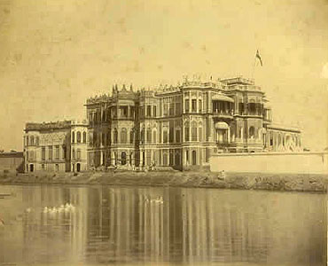 An etching of the Mahmoodabad fort