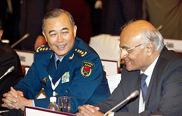 Chinese General Ma Xiaotian and National Security Adviser Shiv Shankar Menon