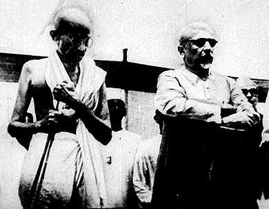 Maulana Abul Kalam Azad with Mahatma Gandhi