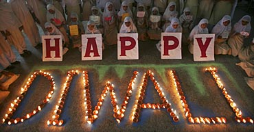 Muslim school girls celebrate Diwali in Allahabad