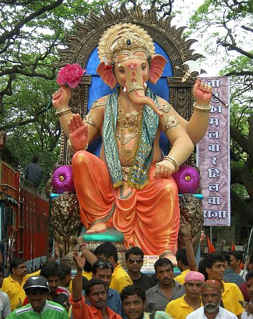 The Bhajigalle Cha Raja at Grant Road
