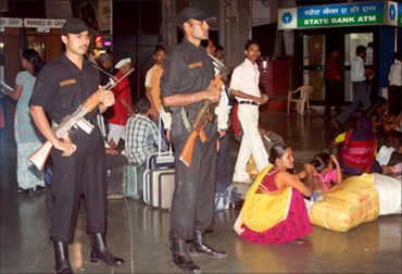 Commandos at CST station