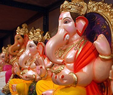 Ganesh idols made of PoP