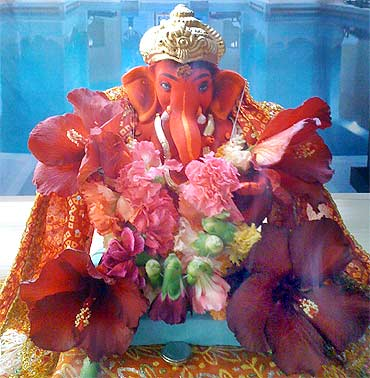 Readers' Ganpati Pix: From Cambridge to Jabalpur