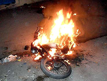 A motorcycle was set ablaze near the Danipura mosque, Ratlam, September 3