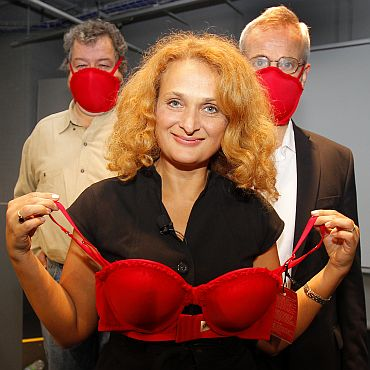 Dr Elena Bodnar holds up one of her 'Emergency Bras'