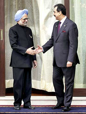 A file photo of Prime Minister Manmohan Singh with his Pakistani counterpart Yusuf Raza Gilani