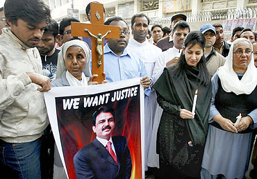 People protest the killing of Pakistani Minister for Minorities Shahbaz Bhatti during a demonstration in Lahore