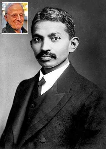 Mohandas Gandhi in 1906. Inset: Joseph Lelyveld