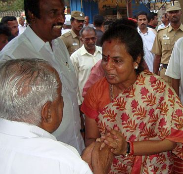 Selvi, M Karunanidhi's daughter, campaigns in Thirvarur