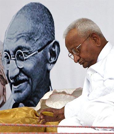 Anna Hazare rests