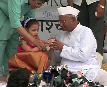 Video grab shows Anna Hazare breaking his fast