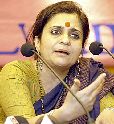 India News - Latest World & Political News - Current News Headlines in India - Court rejects activist Setalvad's plea to keep passport