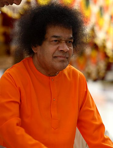 Behind the power and miracles of Sathya Sai Baba