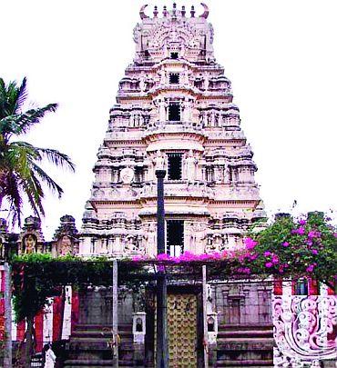 Shri Ambegalu Shri Krishna temple