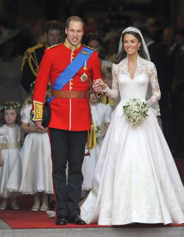 Britain's Prince William and Catherine, Duchess of Cambridge, leave Westminster Abbey after their wedding ceremony