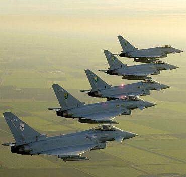 Eurofighter jets in formation