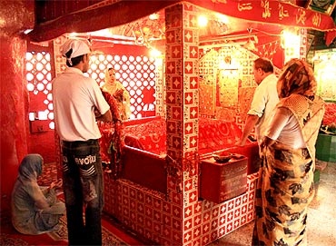 The shrine of Sufi Saint Hazrat Sarmad Shaheeh in Old Delhi