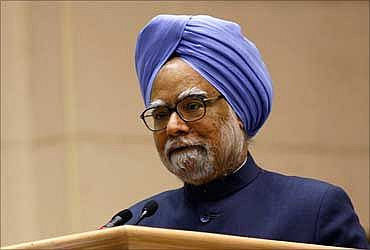 Government doesn't think China will attack India: PM