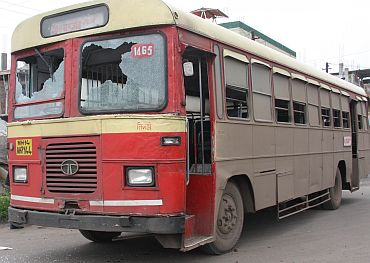 This State Transport Corporation bus too faced the brunt of agitators