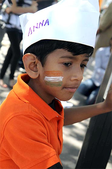 A little supporter of Anna Hazare at the NY protest