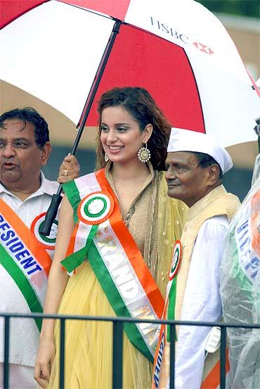 Kangna dazzles at India Day parade