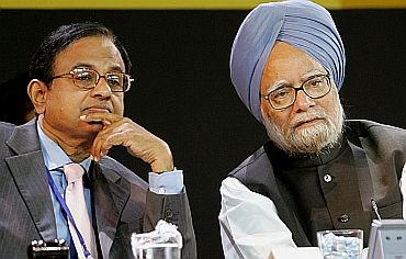 File picture of PM Manmohan Singh and Home Minister P Chidambaram