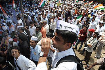 A protestor agitates against Anna's arrest at Azad Maidan in Mumbai on Tuesday