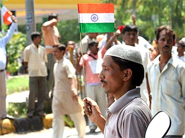Another protestor in front of the Tihar Jail