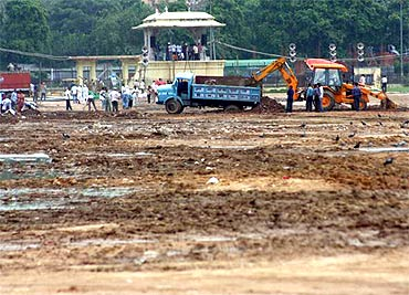 Ramlila Ground far from ready for Anna's fast on Thursday
