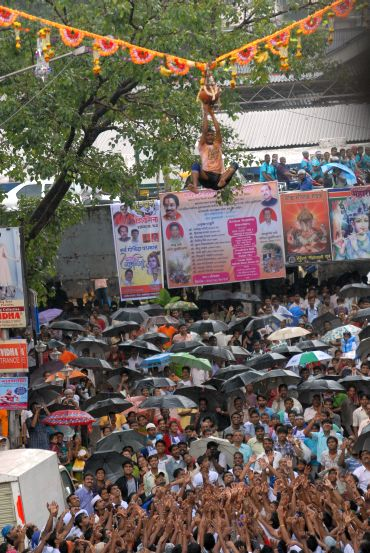 Photos: Mumbai celebrates Janmashtami in style