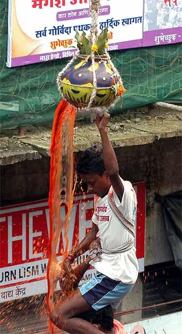 Mumbai celebrates Janmashtami in style