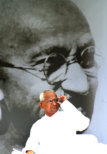 Anna Hazare on fast in New Delhi