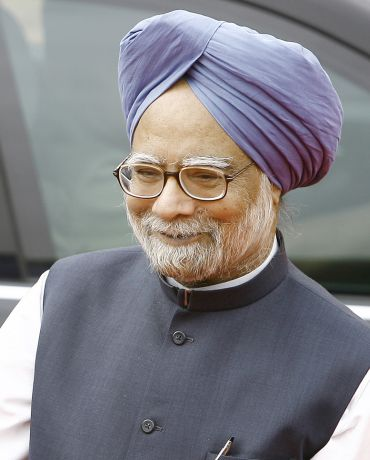 Always favoured PM's inclusion in Lokpal: Dr Singh